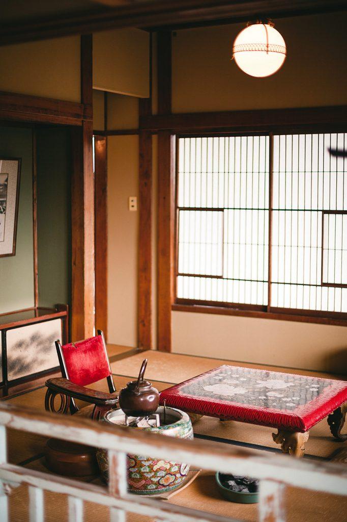 Hotel room where Yasunari Kawabata's novel YUKIGUNI (Snow Country) was written