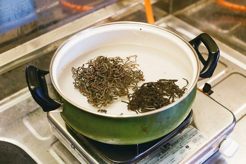 Cooking Traditional food in YUKIGUNI, Japan